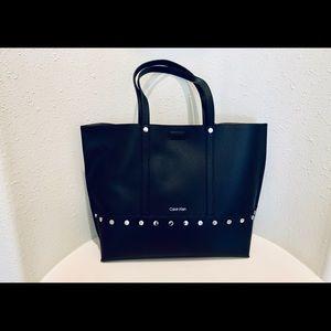 Calvin Klein Tote& Wristlet Black Bag/OS/NWT